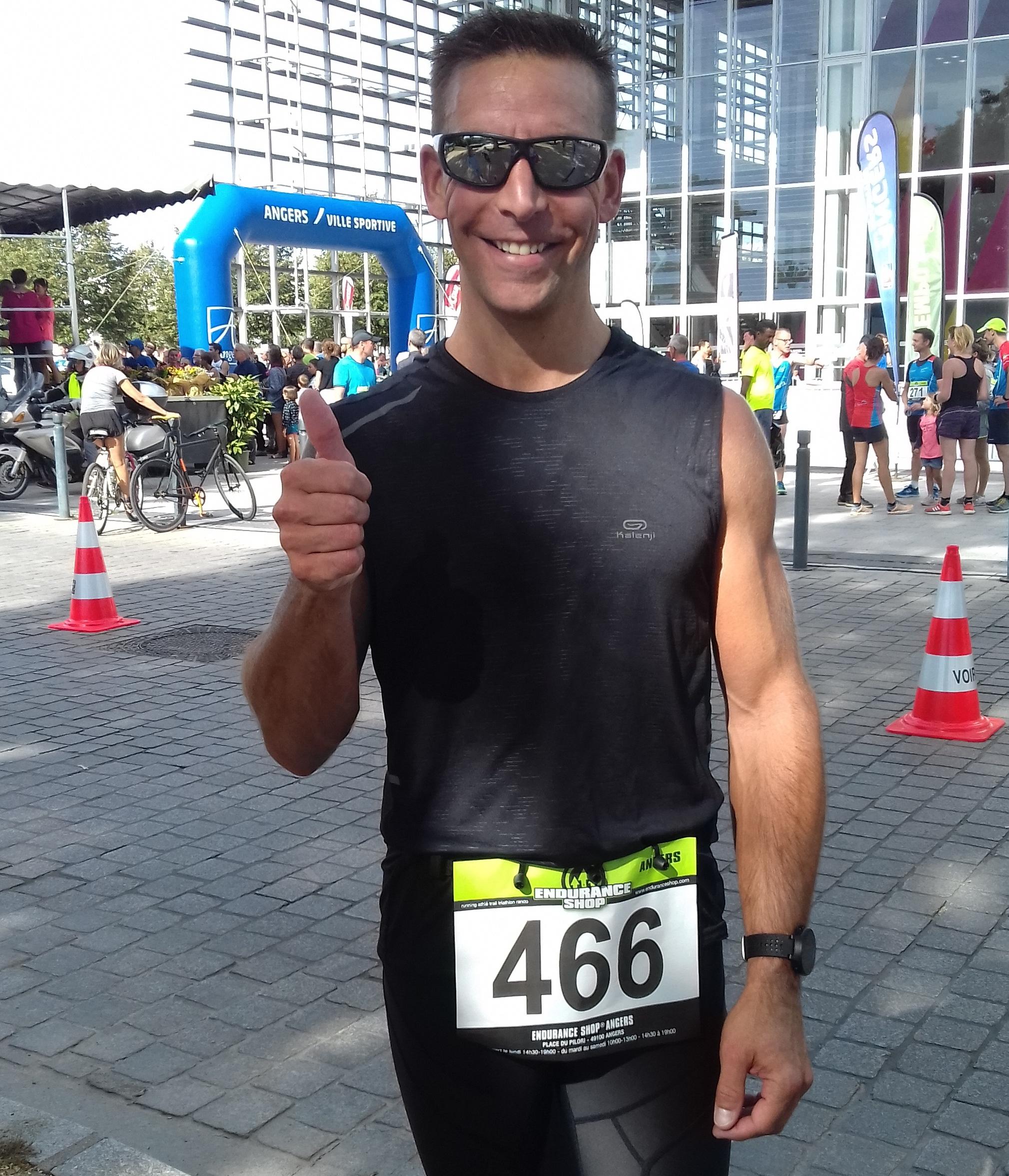 Eric fier de son chrono sur le 10K d'Angers